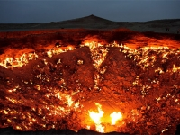the-gates-of-hell-burning-gas-turmenistan-4