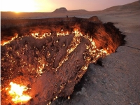 the-gates-of-hell-burning-gas4-turmenistan