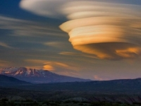 Incredible altocumulus lenticularis